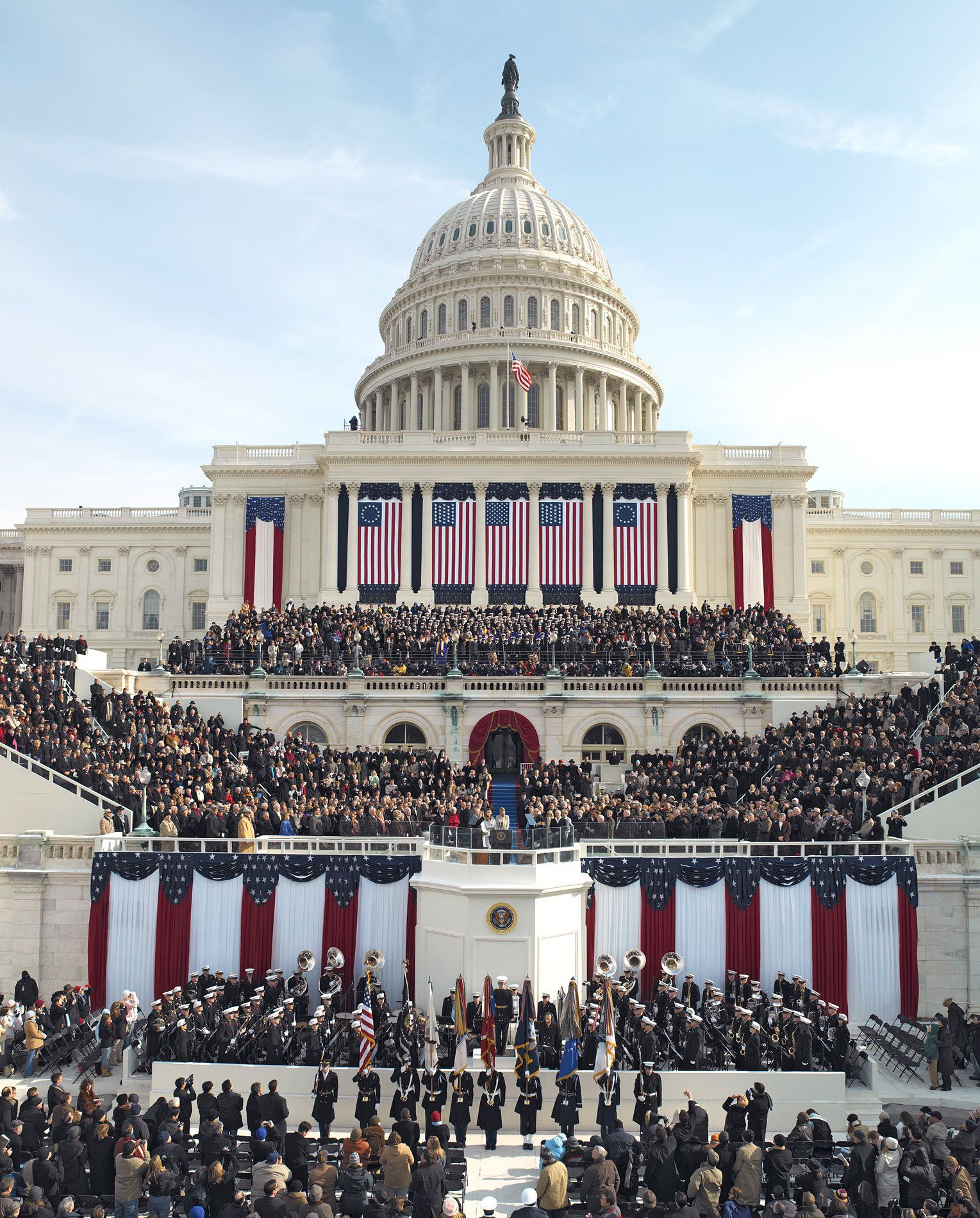 Presidential Inauguration Day In Washington Dc The Peaceful Transfer Of Power Is A Hallmark Of America Presidential Inauguration Obama Photos Barack Obama
