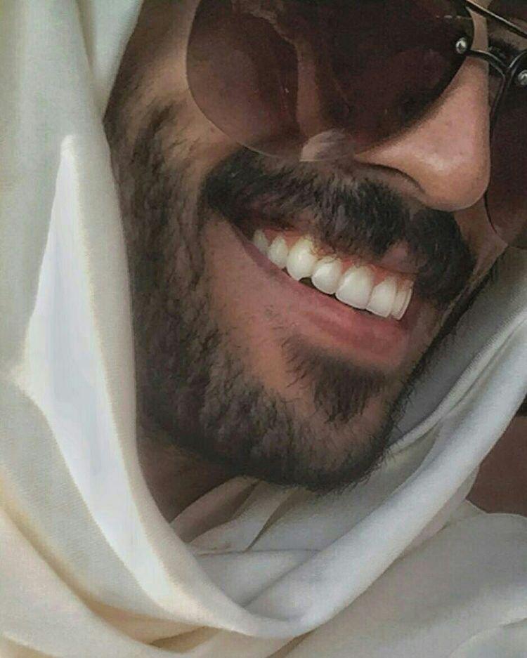 رمزيات افتارات رماديات تلمبر هيدرات خلفيات صور Photography Poses For Men Poses For Men Handsome Arab Men