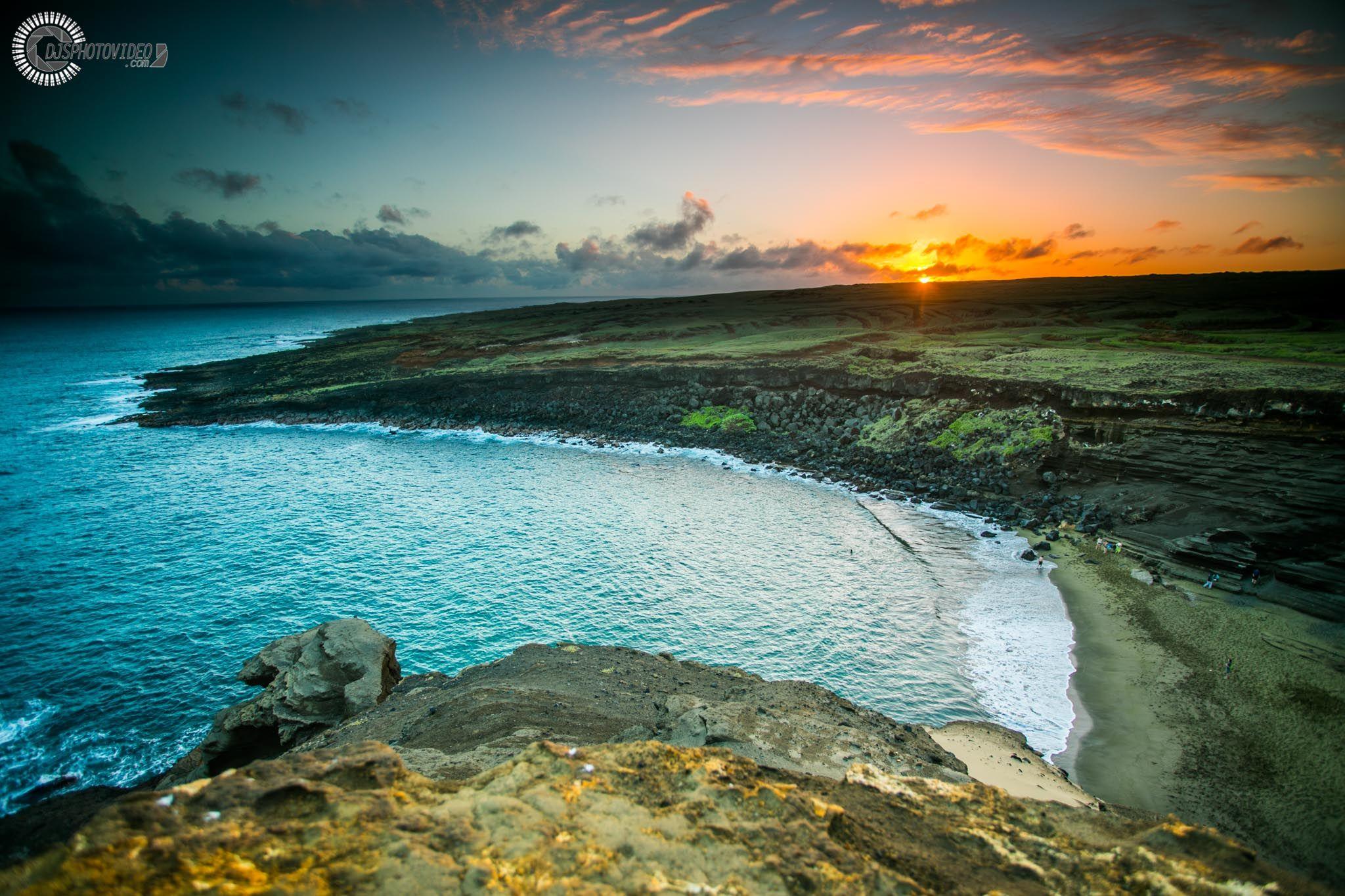 Sunset atop the rocks at Papakōlea Green Sand Beach