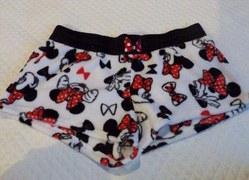 9.16$  Watch here - http://vipwr.justgood.pw/vig/item.php?t=uzo74446471 - Disney's Sleepwear Junior's Fleece shorts bottoms, Minnie Mouse, Size XL