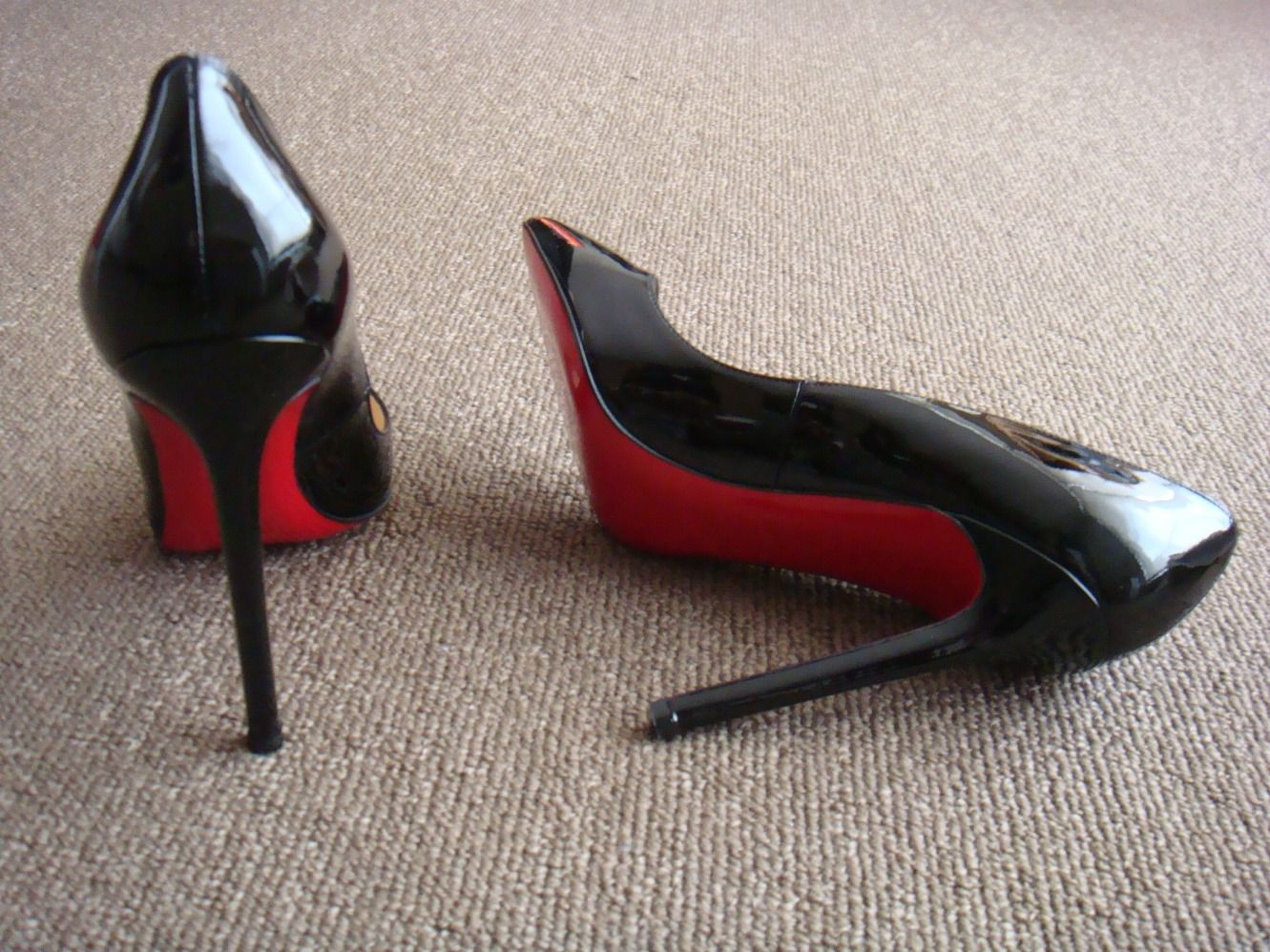 louboutin pigalle 120 black leather