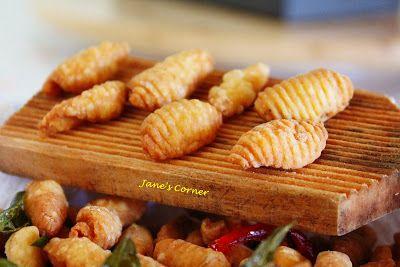 Pin On Nyonya Kueh Malaysian Snacks