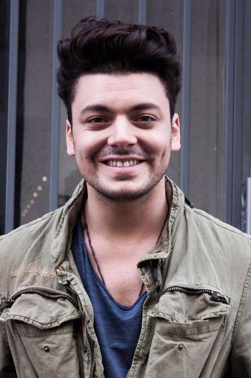 Kev  Kev Adams devoile sa nouvelle coupe de cheveux http://amzn.to ...