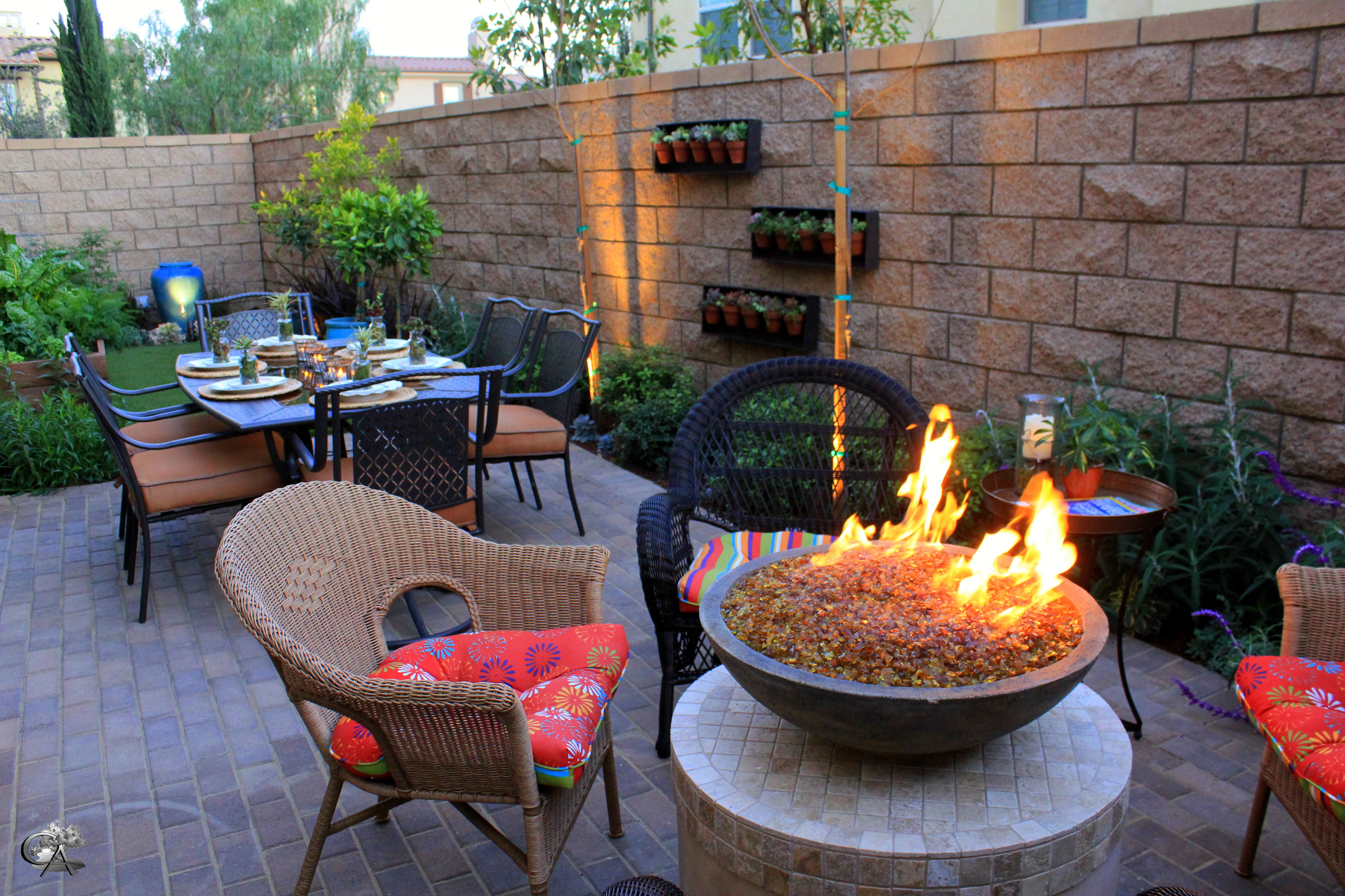 Beau Outdoor Fire Pit, Small Outdoor Space, Outdoor Furniture, Outdoor Sitting,  Out Door Dining Landscape/Design/Build Orange County, CA  Www.creativeatmospheres. ...