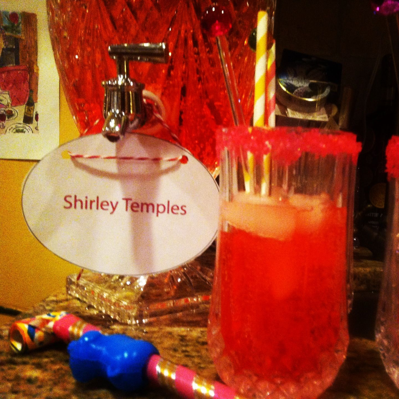 die besten 25 shirley temple getr nk ideen auf pinterest shirley tempel alkoholischer. Black Bedroom Furniture Sets. Home Design Ideas