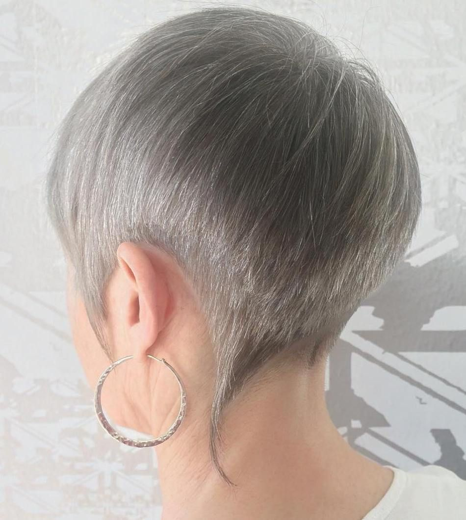 classy and simple short hairstyles for women over pixies