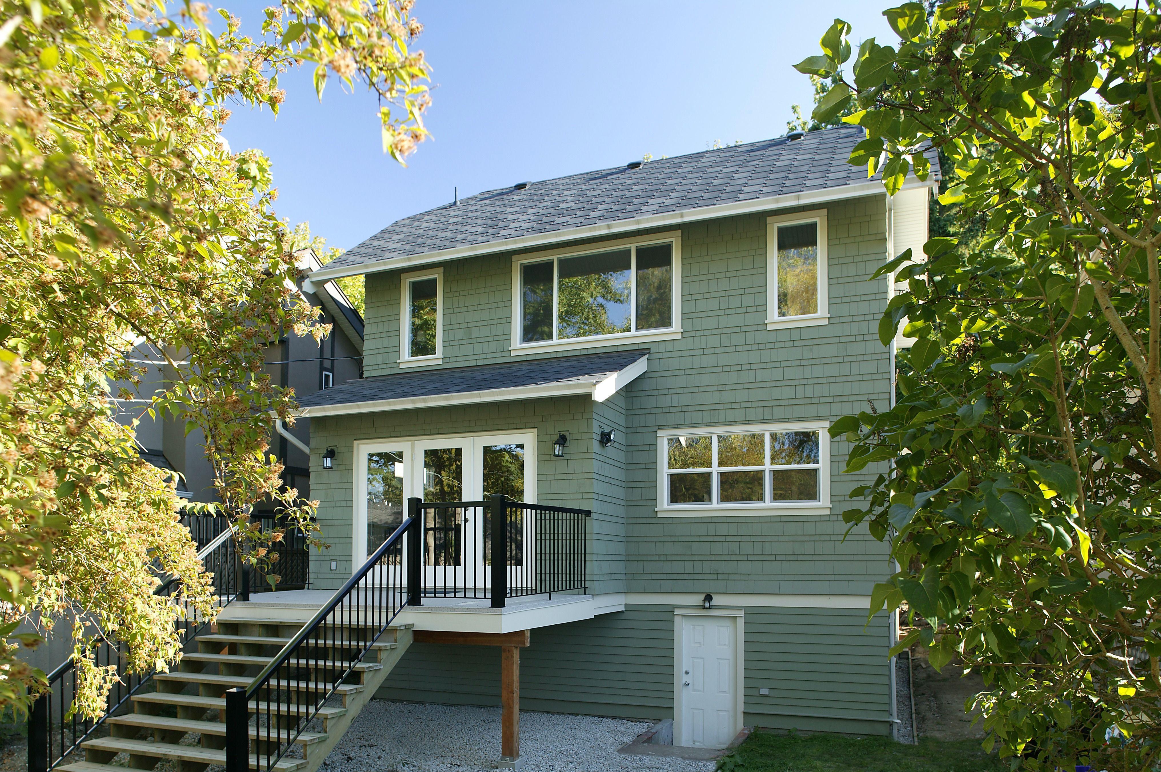 Exterior Door Prices Average Cost Of Front Doors Entry Door Materials Exterior Doors House Exterior Green Siding