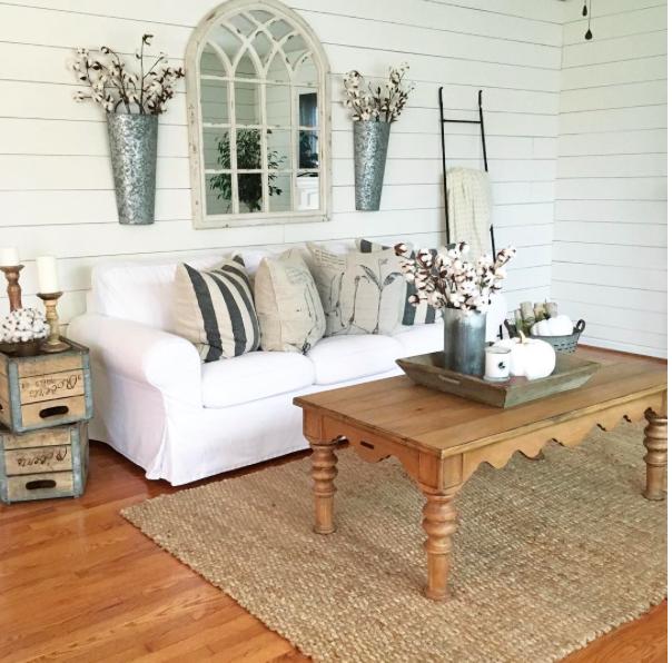 Creative Ways to Decorate Above the Sofa | Home Decor Idea ...
