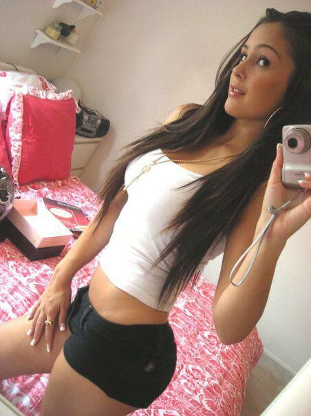 gf selfie brunette Hot