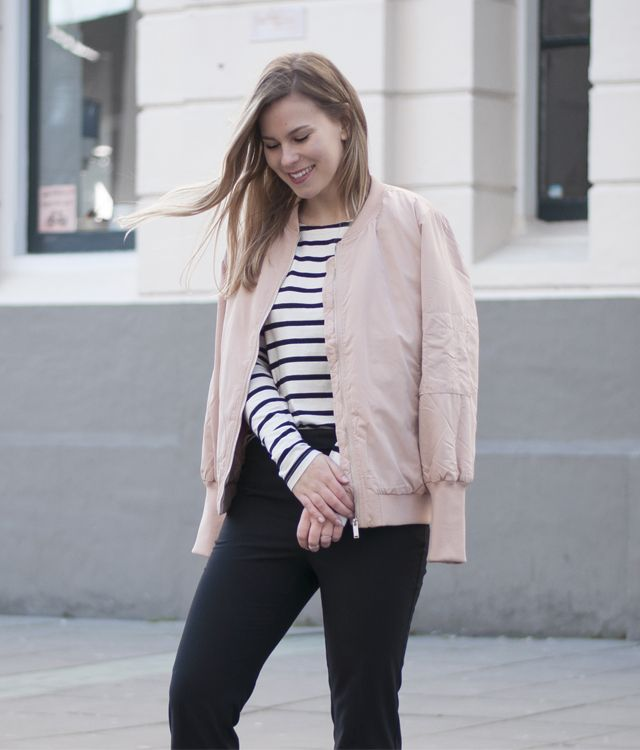 9c56c9e996a0 Joining the pink bomber girl gang | Style by Jules | #ootd | Pink ...