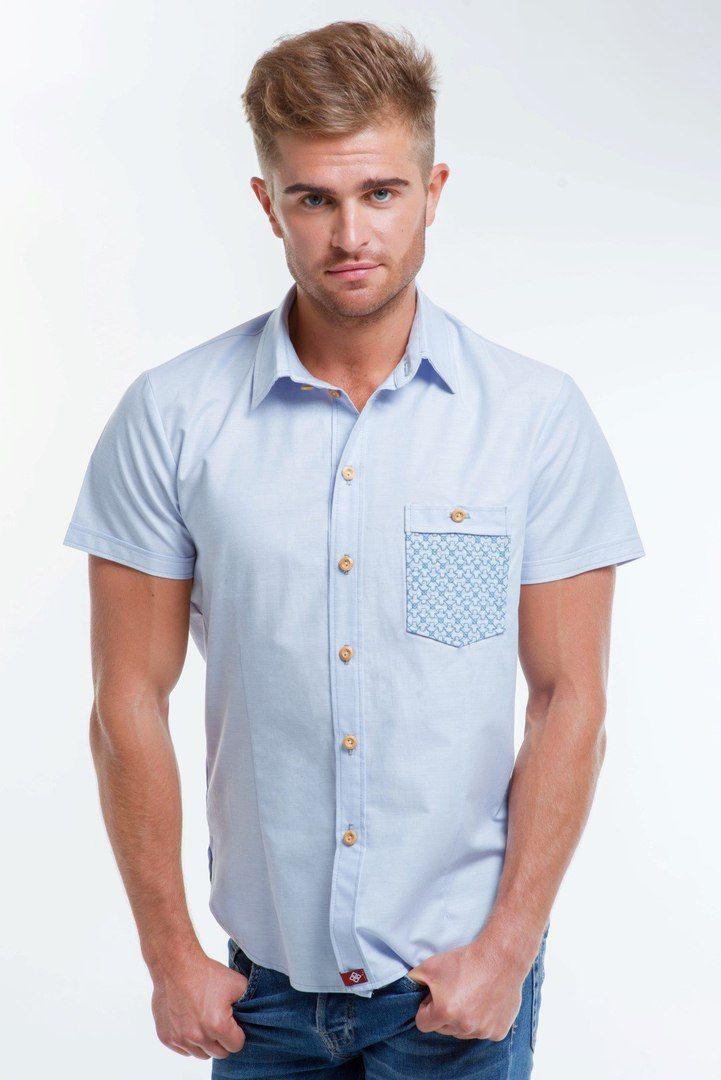 Чоловіча сорочка на короткий рукав - вдалий вибір для теплої пори. Легка  тканина та