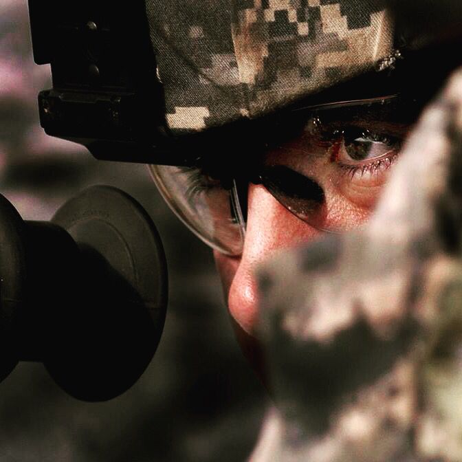 #decomil #defense #semperfi #USMC #army #american #americanflag #military #merica #soldier #respect #hero #eyes #green #camuflaje #hooah #navy #oorah #usaf #usarmy #americanflag #flagcase ##flagstaff #guns #weapon #l4l #follow4follow