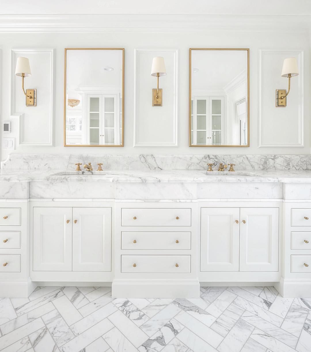 Marmorbad I Simply Adore This Sweet And Feminine Closet Just Finished For A Lovely Client. That Blush Door… | Master Bathroom Vanity, Classic Bathroom, White Marble Bathrooms
