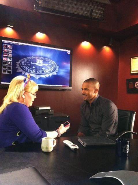 Stolen Moments! Shemar and Kirsten share a moment in the conference room!