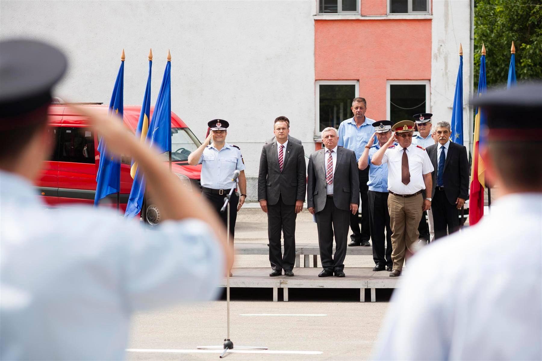 În prezenta prefectului județului Timiş, Eugen Dogariu, a președintelui C.J. Timis Titu Bojin dotări noi la I.S.U. Timiș - 2015