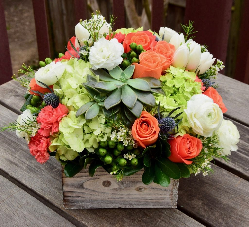 Deluxe Floral Gift Box With Oranges Greens And Whites Succulents Ranunculus Roses Th Flower Arrangements Fresh Flowers Arrangements Carnation Centerpieces