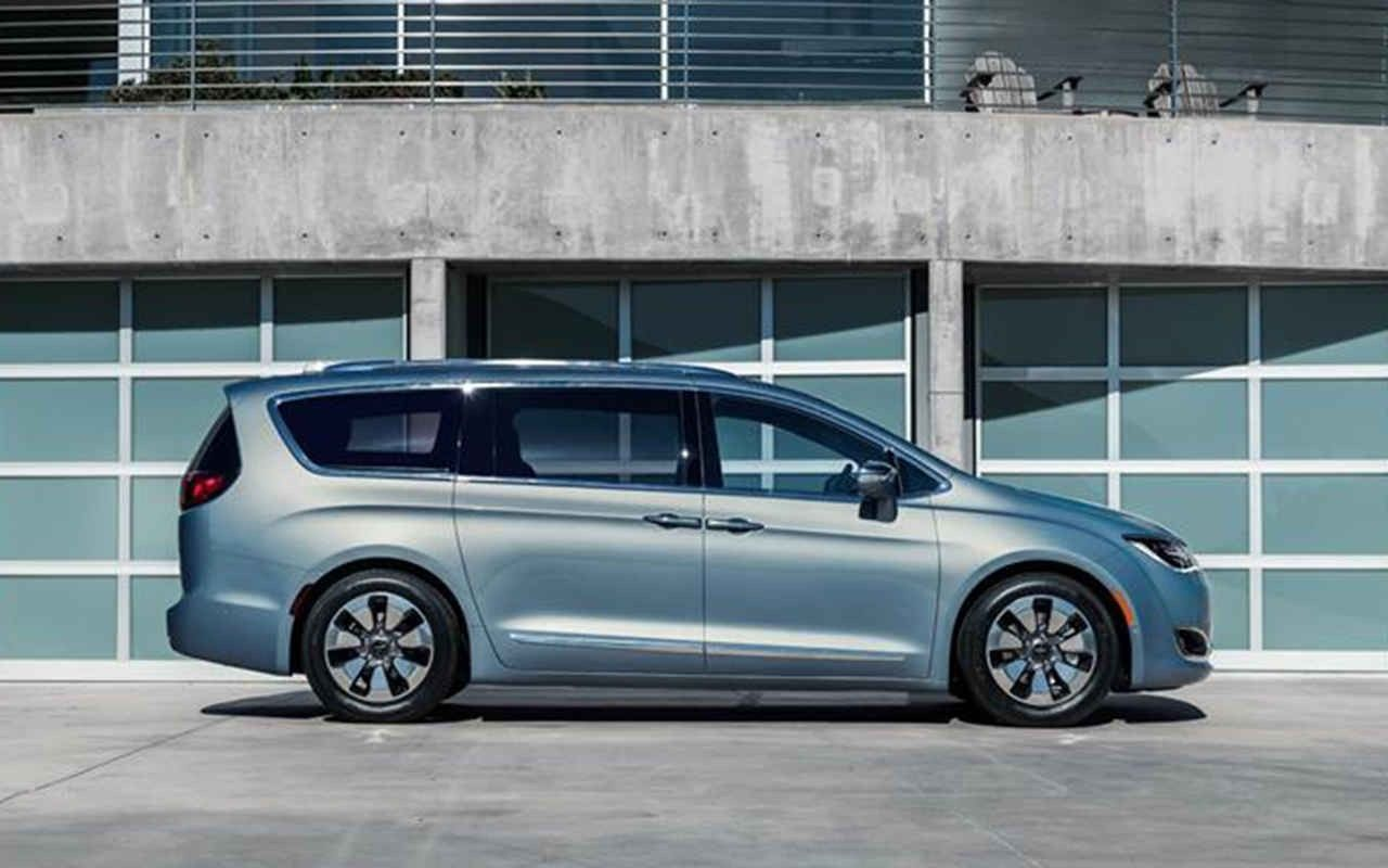 2018 Chrysler Town Country New Interior Car Gallery