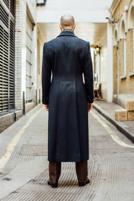 683968ee4 Edward Sexton bespoke overcoat | Gentlemen& in 2019 | Mens fashion ...