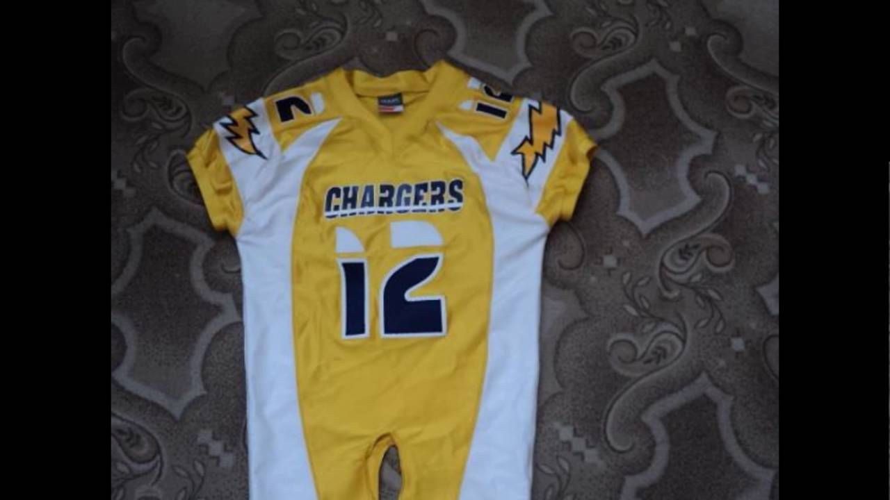 American Football Jersey  Made of Heavy duty fabric Lycra polyester/spandex customized Artwork Like tackle Twill. Embroidery, Screen printing, Digital Printing Sublimation.  #american #football #uniform #jersey #american football jersey #jogging #suit #joggingsuit #hoodies #trousers #track #sportswears #boxing #mma #apparel