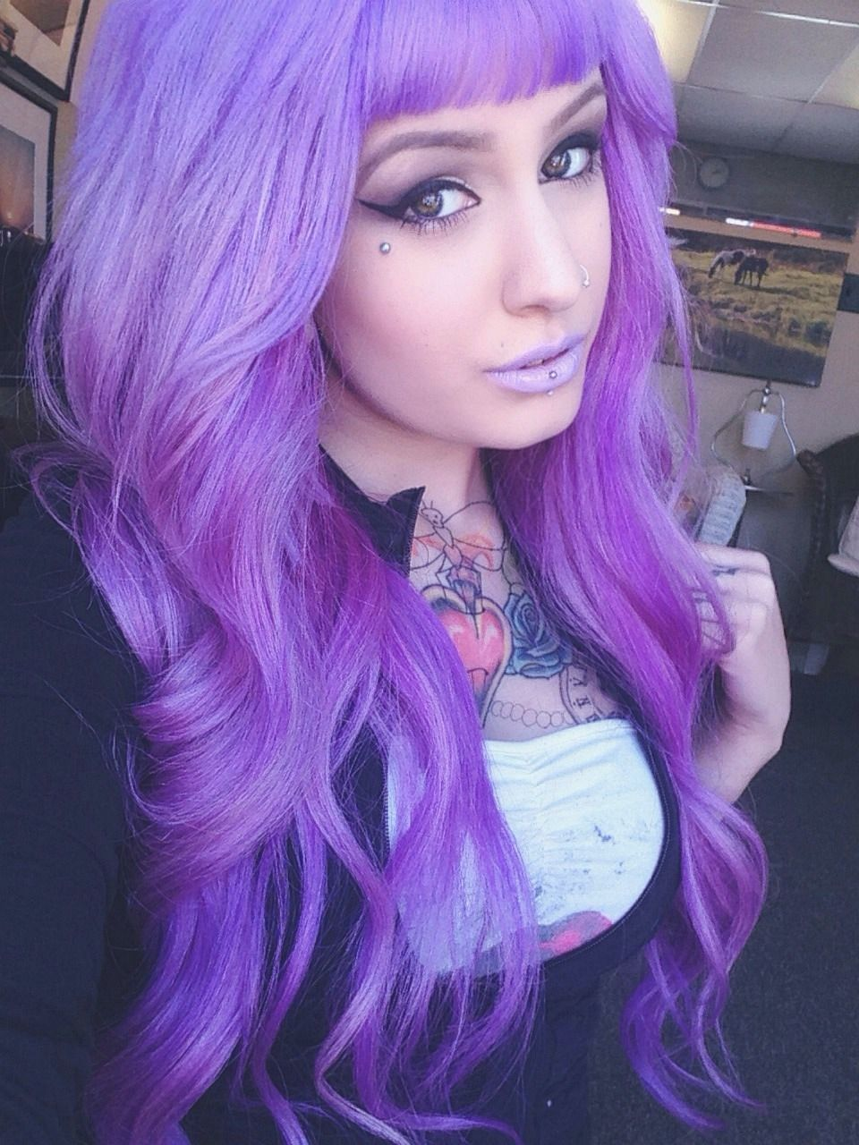 purple lilac hair bright dyed coloured purple hair pinterest bunte haare frisuren. Black Bedroom Furniture Sets. Home Design Ideas