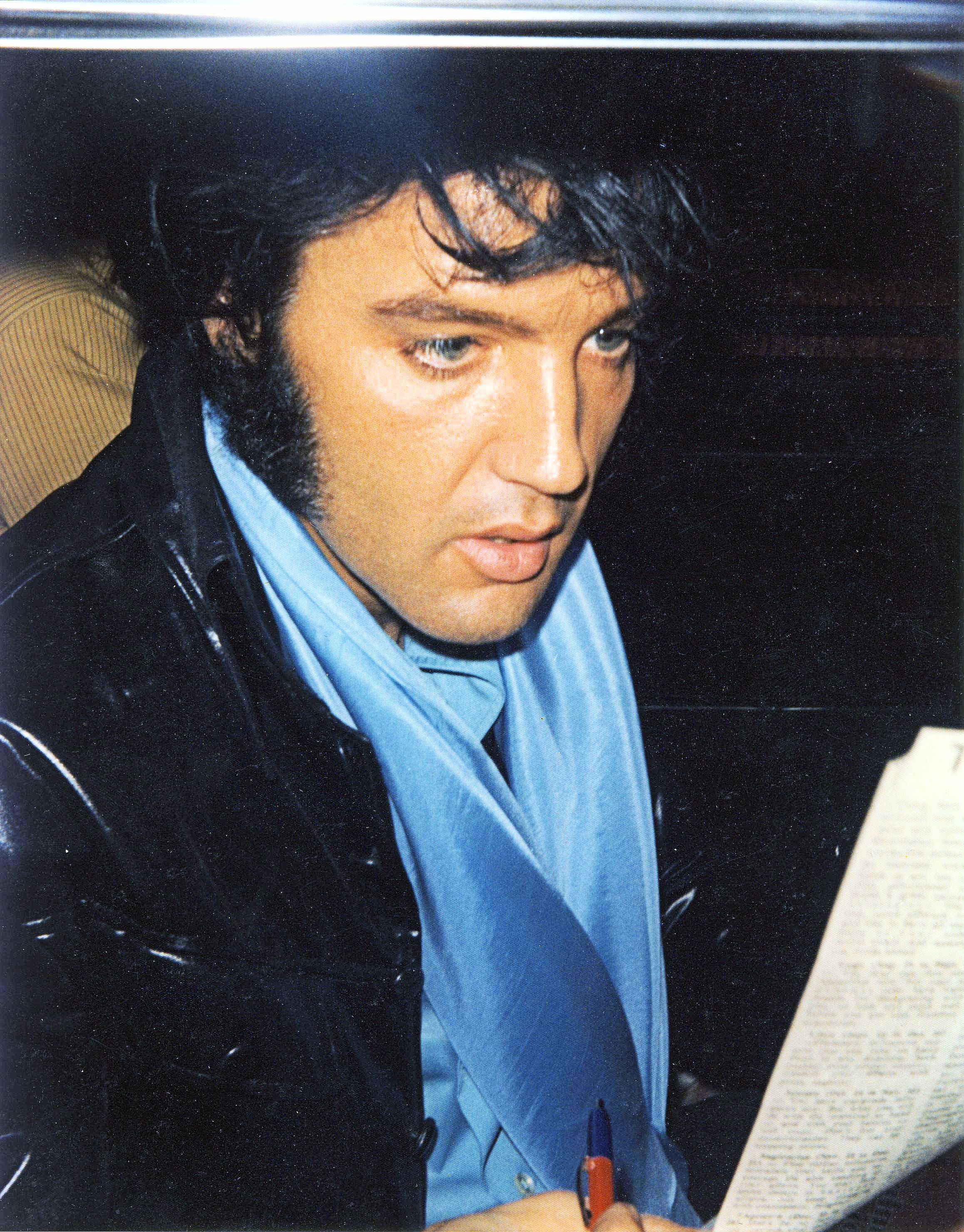 What Makes Elvis Presley A Hero Dbafaeafdffa