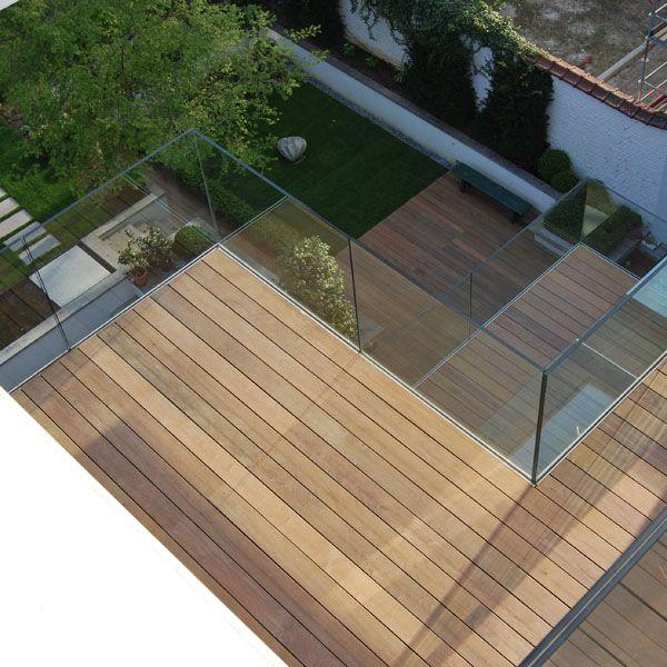 Terrasse en bois exotique réalisée sur 4 niveaux dans une maison de Maître à