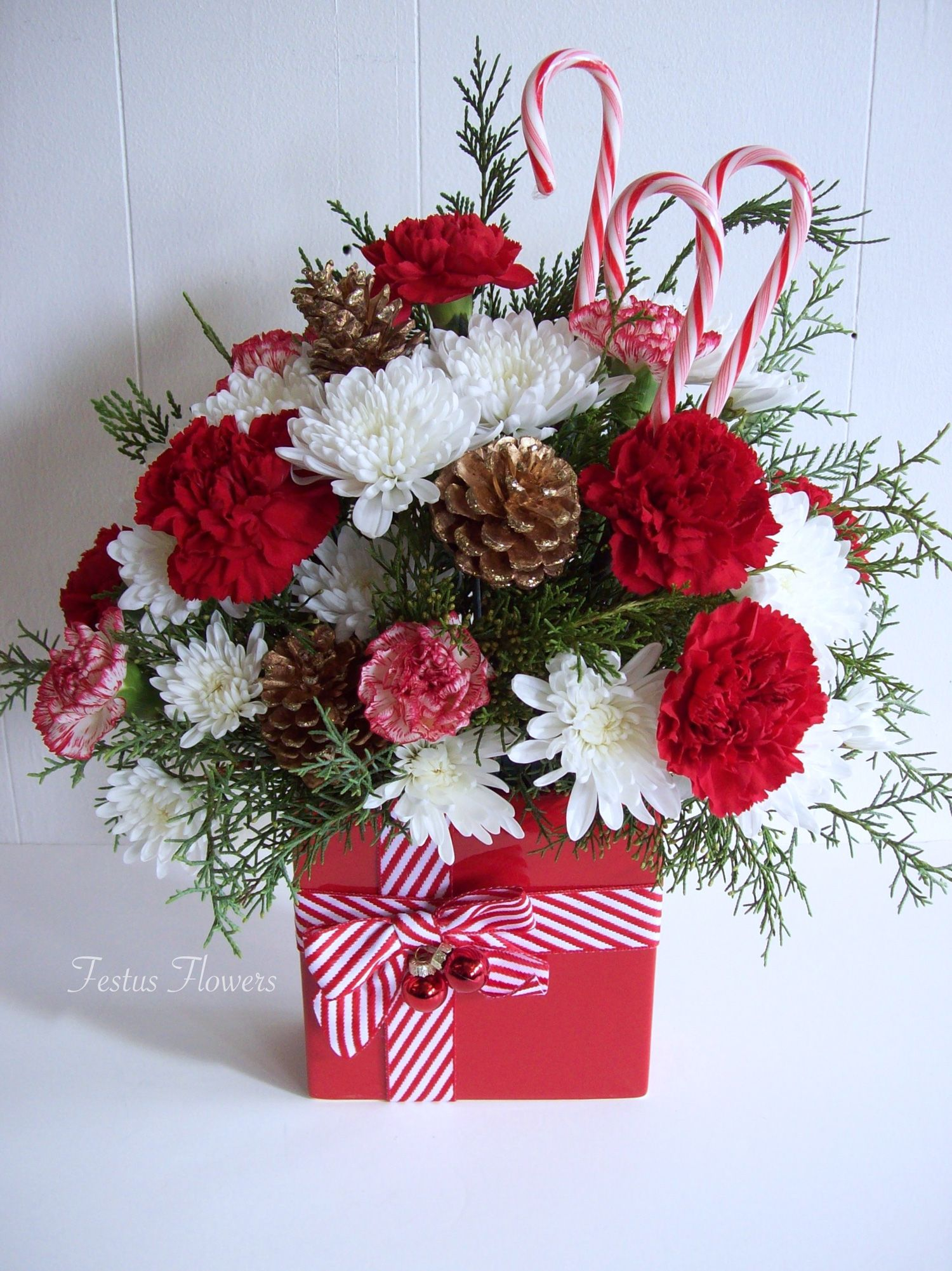 Pin by mariela on christmas floral (With images