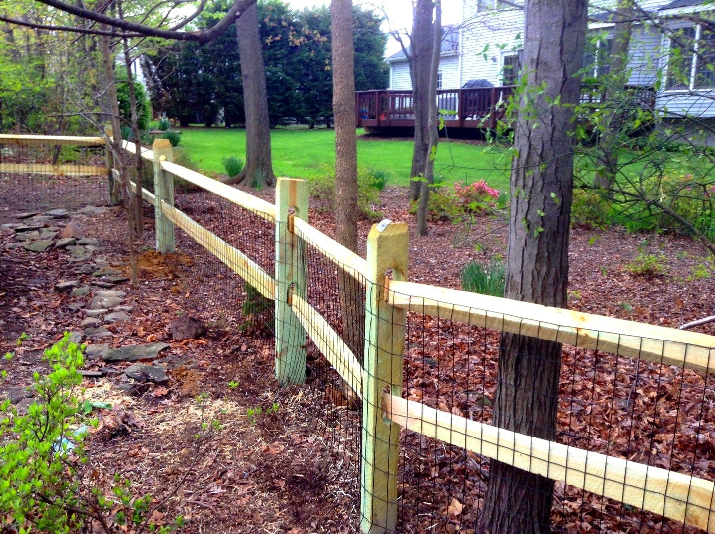 Split Rail Fence With Wood Gate Split Rail Fence Ideas Designs