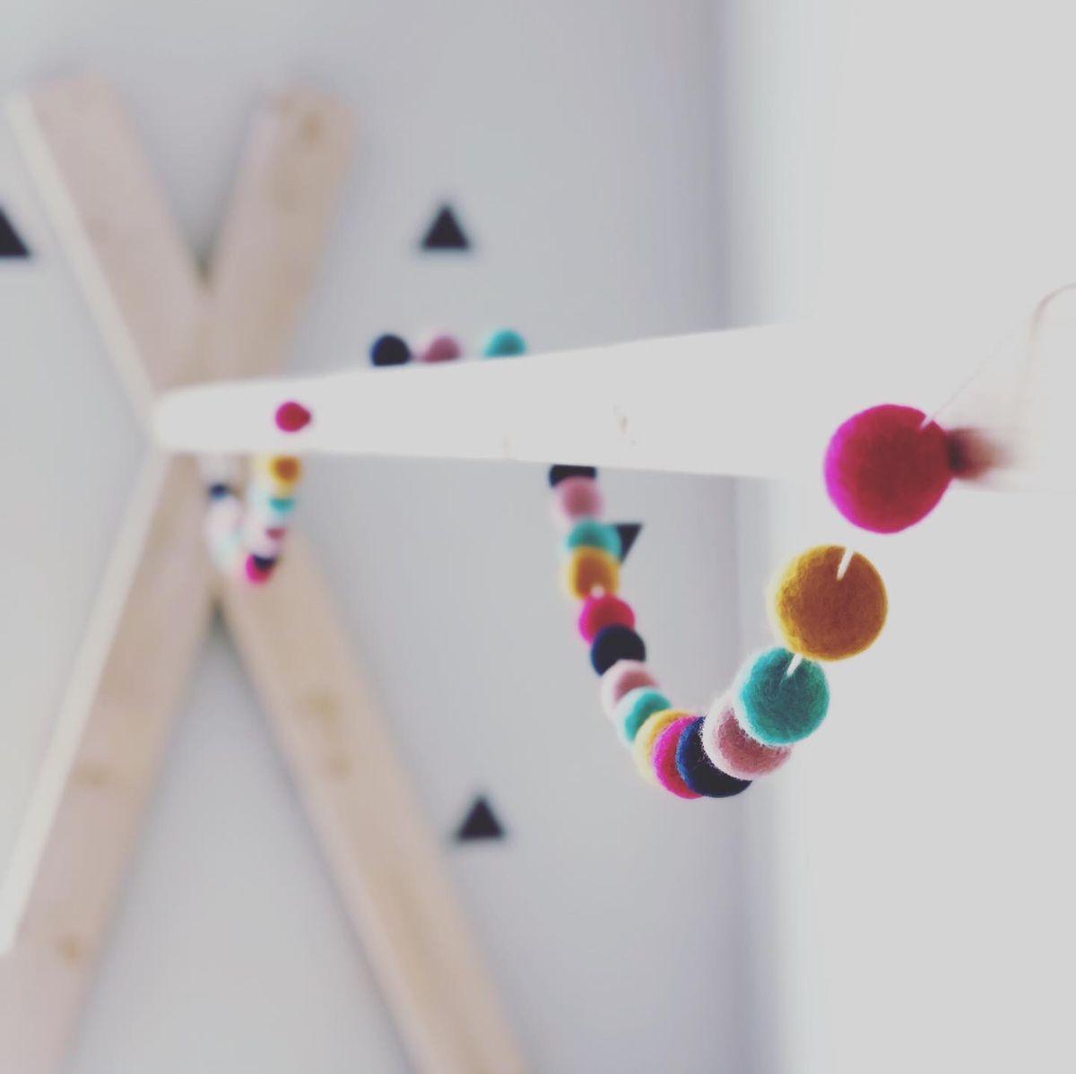#woolballs #teepee #kidsbed #scandinavian #kidsdecor #rainbow  #triangles