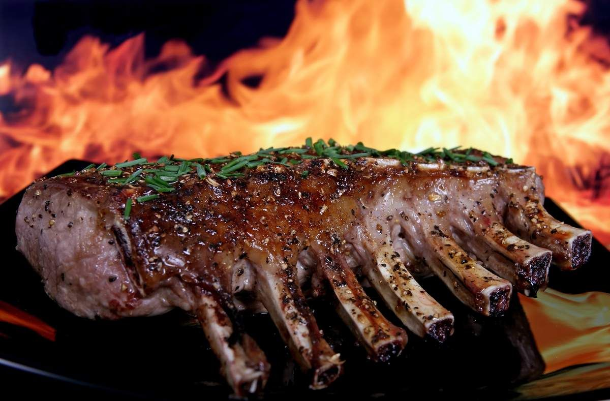 National Barbecued Spareribs Day Cooking the perfect
