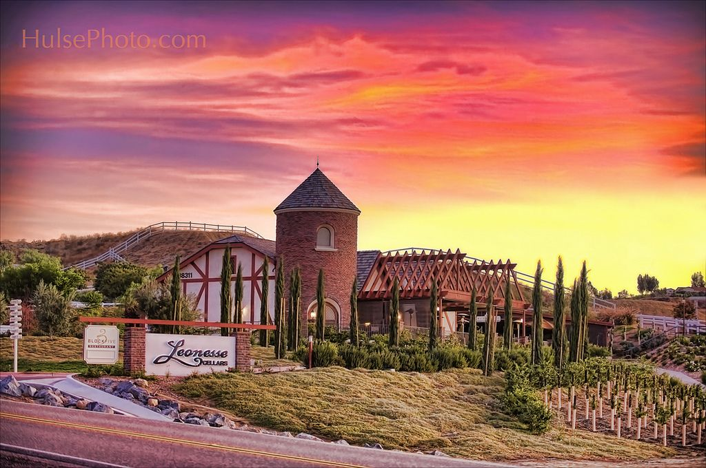 Temecula Wineries Amp Leoness Cellars Temecula Wineries In 2019 Temecula Wineries Barolo Wine