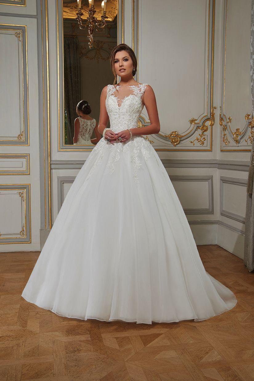 Robes de Mariée Tomy Mariage - Showroom Lyne