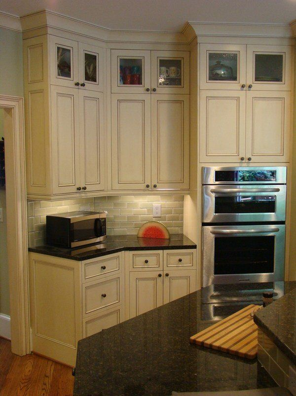 Kitchen Backsplash Ideas With Cream Cabinets: Uba Tuba Granite Countertops White Cabinets Kitchen