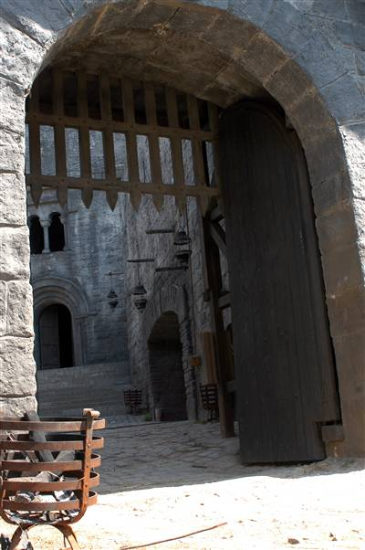Robin Hood Production Image Probably The Gate In Which Lord Owen Of Clun Died During The Second Part Of Robin Of Sherwood Herne S Son P Gebaude Ruinen Tor