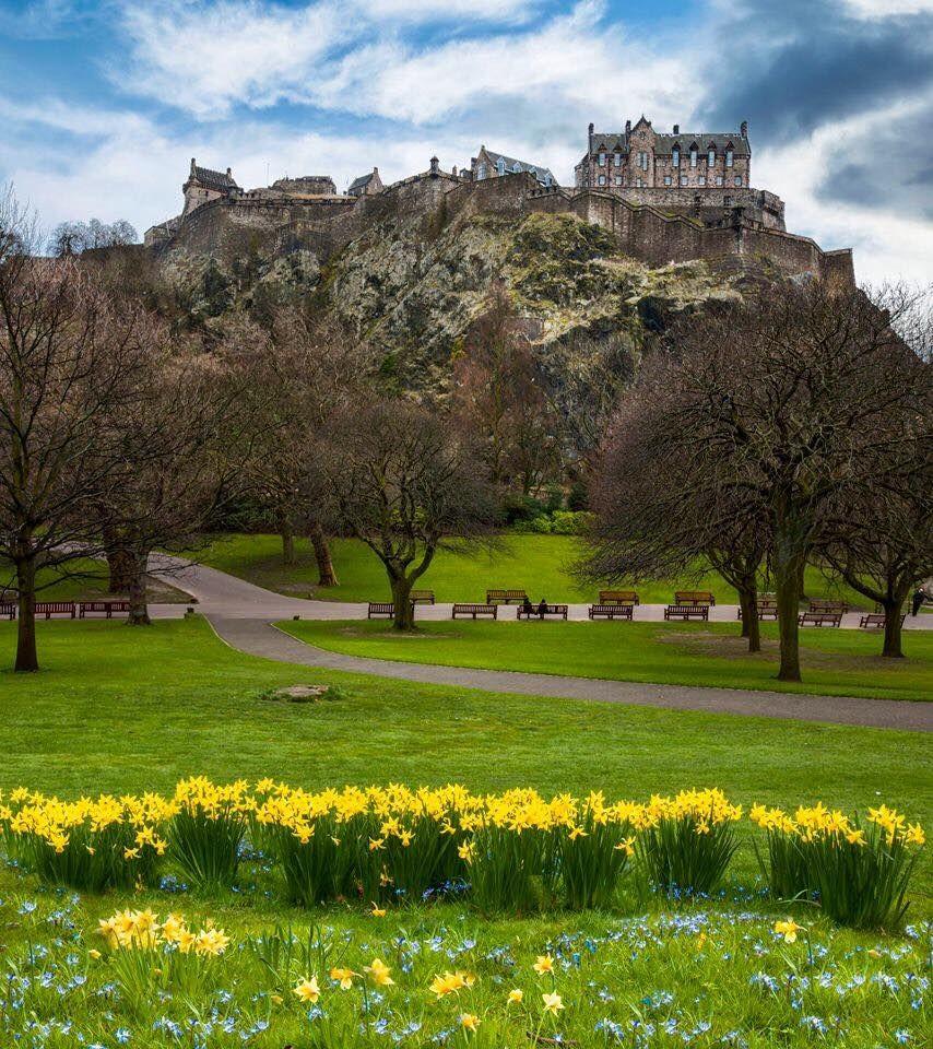 Edinburgh Castle from Princes Street Gardens in Spring | countries ...