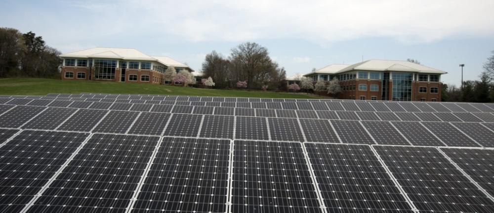 638 Gw Of Solar Capacity Installed Worldwide In The Last 10 Years Report Finds Solar Solar Companies Solar Farm