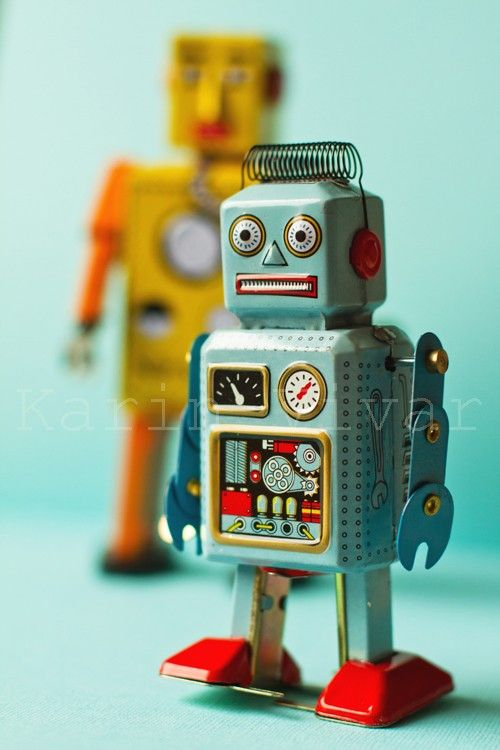 This was the robot that was used as inspiration for my robot tattoo! This little guy is sooo cute!