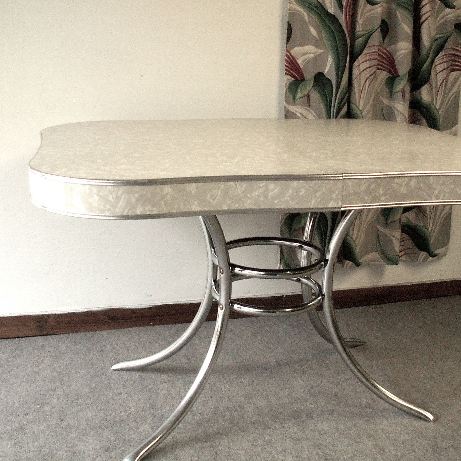 Vintage 1950's Formica And Chrome Kitchen Table
