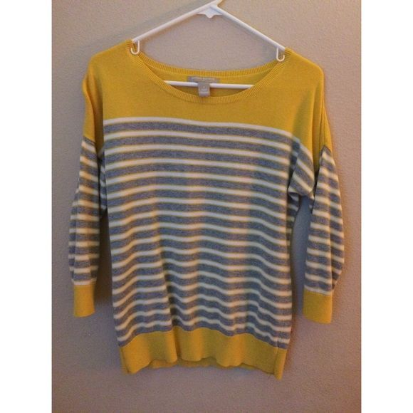 Gently Used Banana Sweater 572Ak