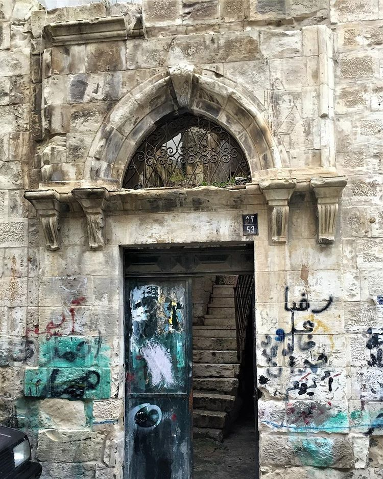 أبواب نابلسية قديمة حارة الشيخ مسل م بعدسة احمد البيتاوي Instagram Photo Instagram Photo