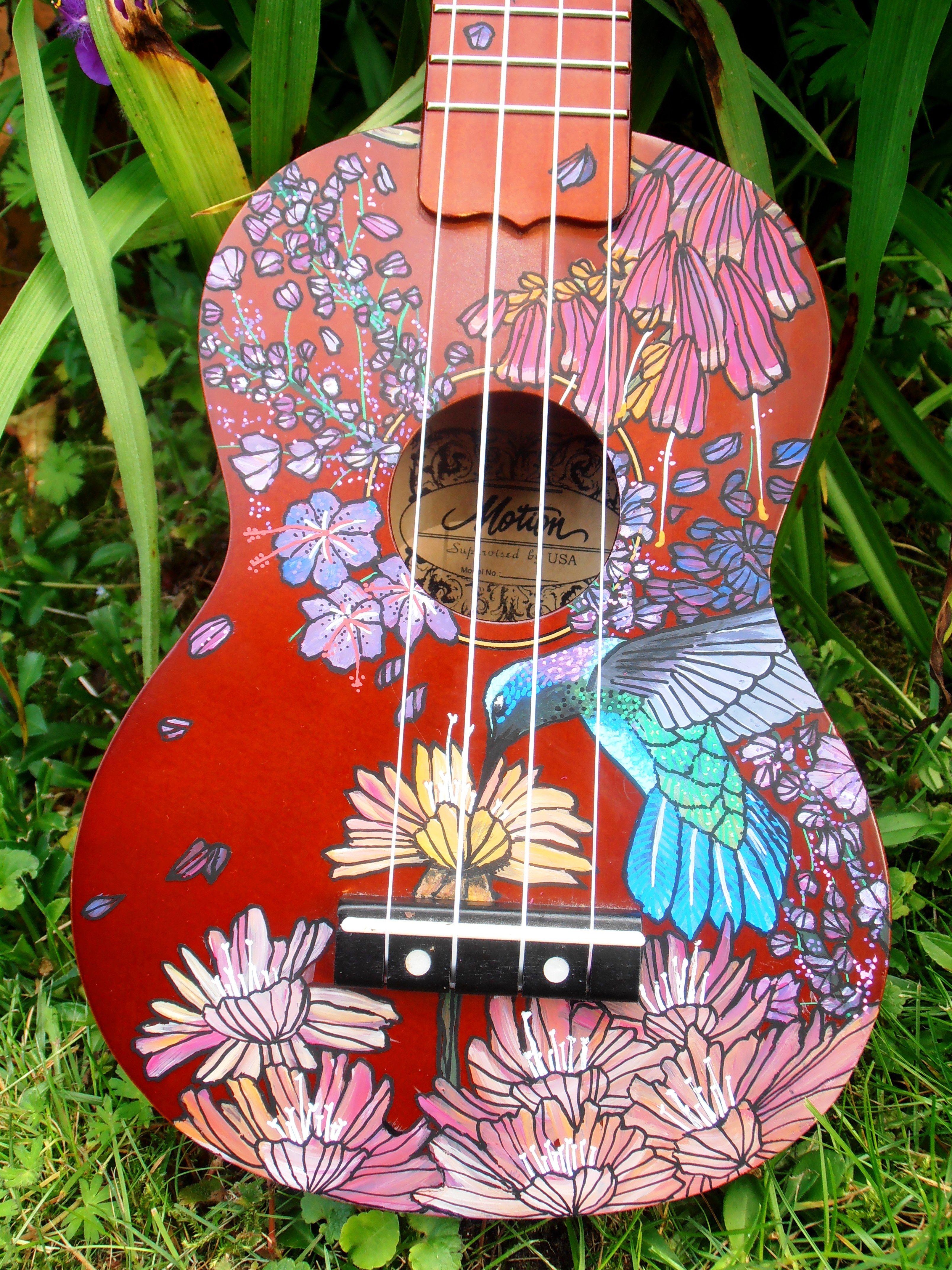 Handpainted Ukulele For A Friend Who Loves Hummingbirds By Suzanne Van Gils Bemalte Ukulele Gitarren Bilder Gitarrenkunst