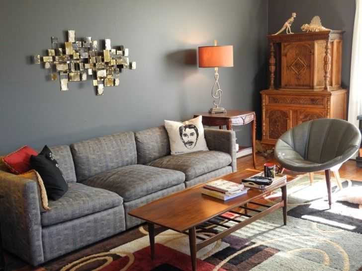 Delightful Awesome Gray Living Room Decorating Idea Features Cozy Three Seat Sofa And  Gray Papasan Chair Also Classic Carved Wood Side Table Plus Rectangular  Varnished ... Part 14