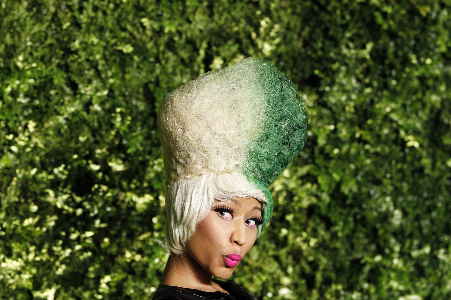 VAN WYCK Nicki Minaj at Christie's Green Auction.