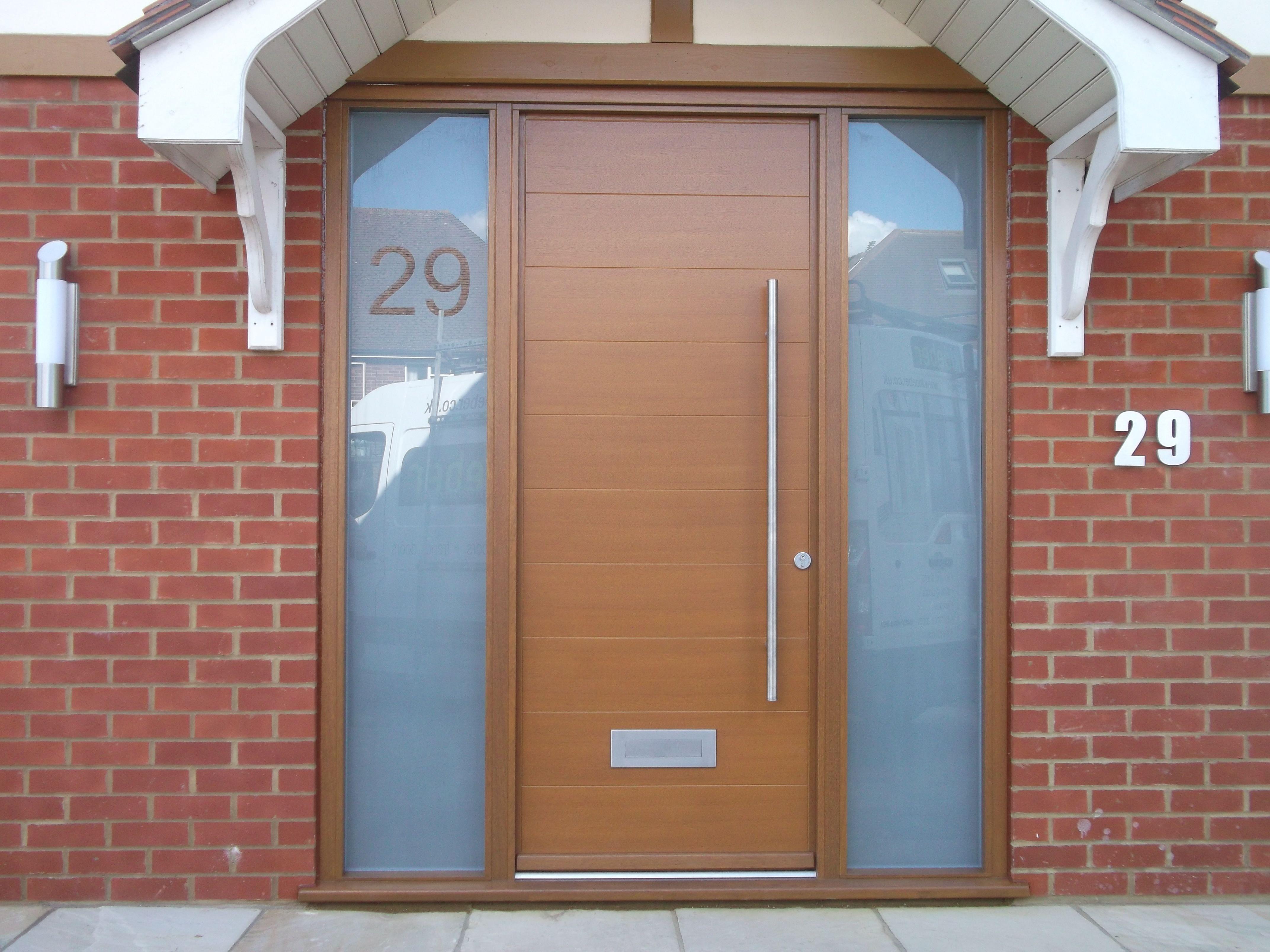 Elegant Modern Front Door FunkyFront, Hamburg 1,Frame 9, Engineered Hardwood.  Stained Light Oak 006, 1200mm Bar Handle Kloeber 26113