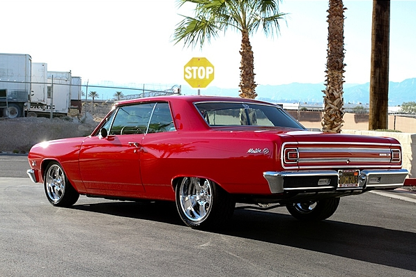 1965 Chevy Chevelle SS 454 hardtop convertible with ratchet action