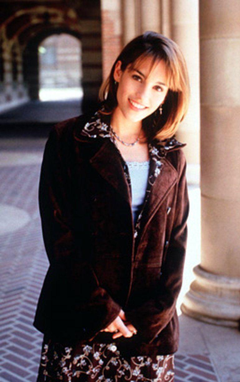 Amy Jo Johnson Fashion - Beautiful things