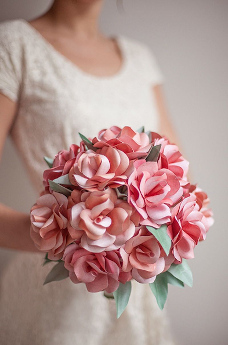 Diy paper rose bouquet wedding from brit co pinterest rose flower diy paper rose bouquet izmirmasajfo