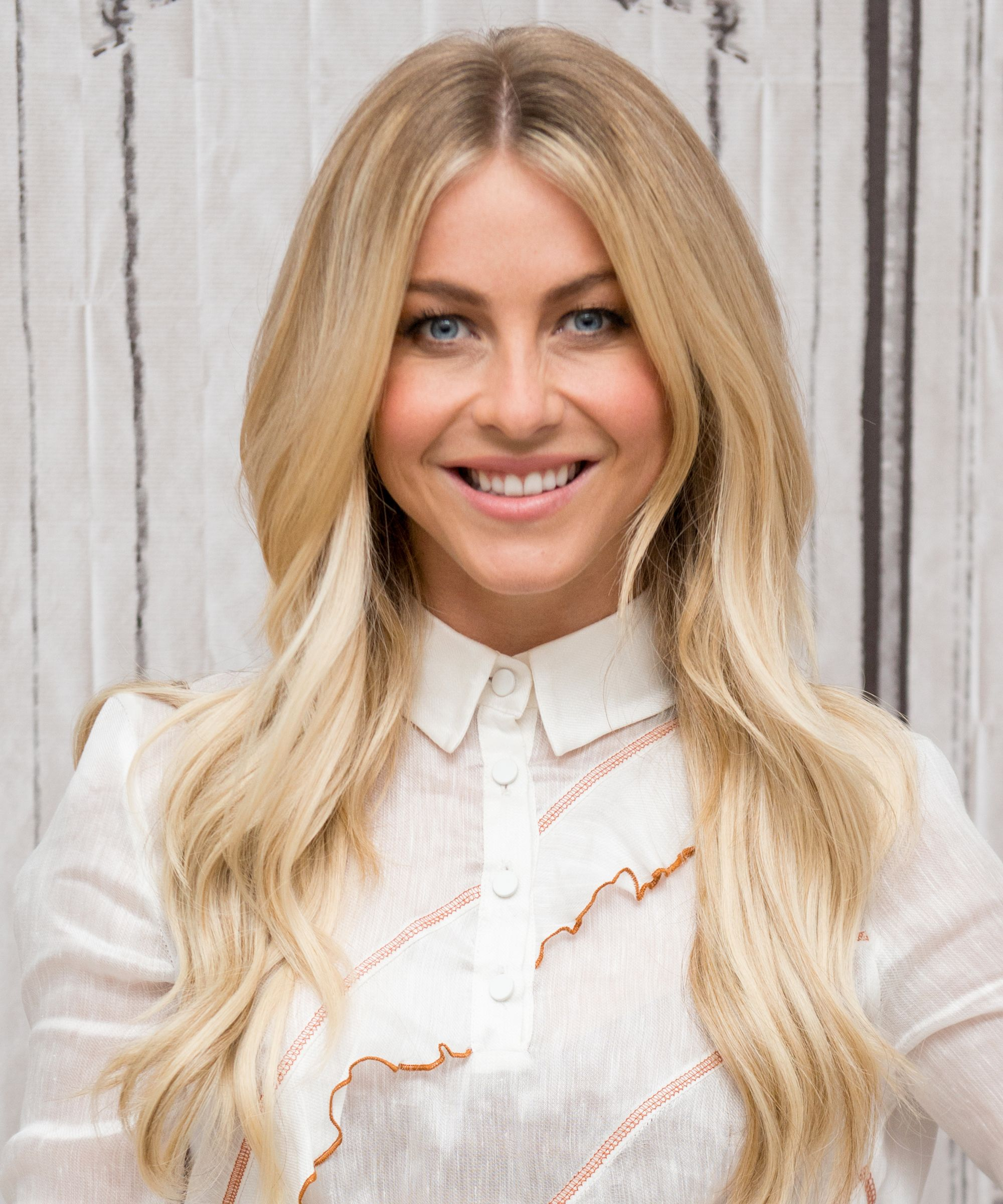 Julianne hough has a diy beauty secret for incredible hair this easy diy hair mask only has two ingredients and gave julianne hough incredible hair baditri Choice Image