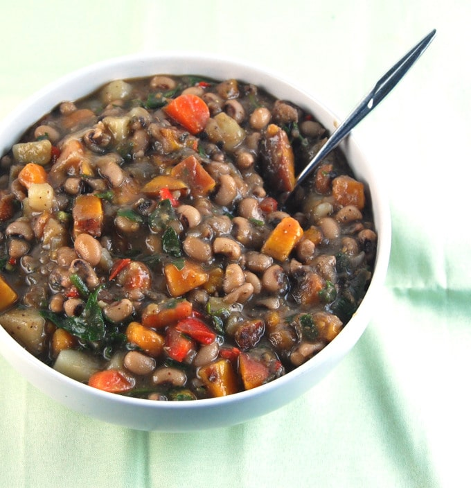 Caribbean Black Eyed Peas Stew - Holy Cow! Vegan Recipes #blackeyedpeasrecipe
