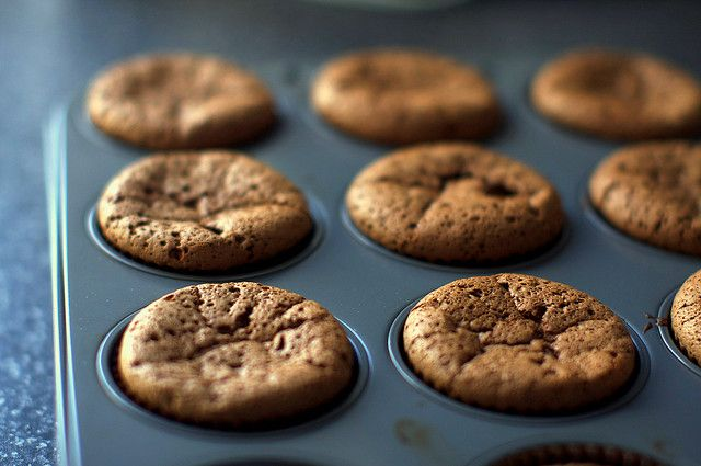tiny chocolate souffle cakes by smitten, via Flickr